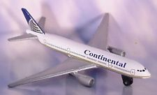Continental Airlines Boeing 777-200 Plastic Model Kit