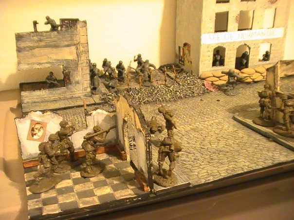 Ideas For Ww2 Airplane Dioramas http://vessy730.blog.com/2011/10/31/ww2-diorama-buildings/